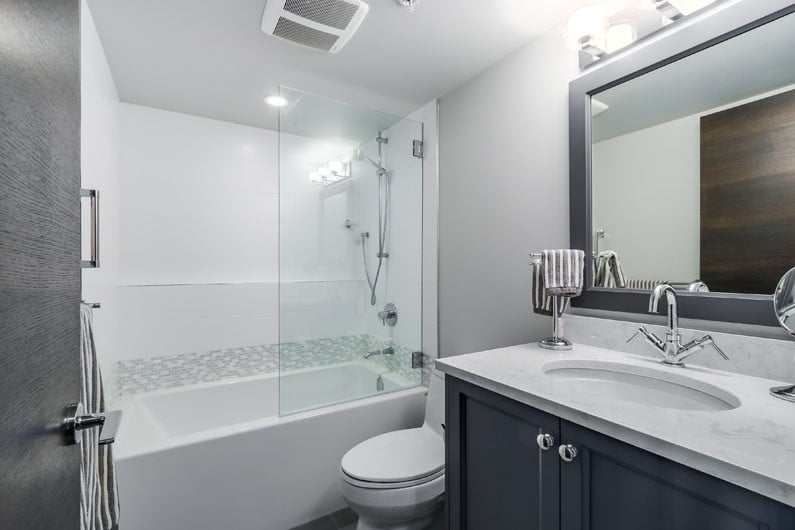 North vancouver bathroom reno condo for Bathroom remodel reno nv