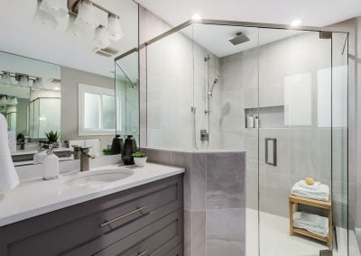 Buchannan Bathroom Renovation - Jedan Brothers Contracting